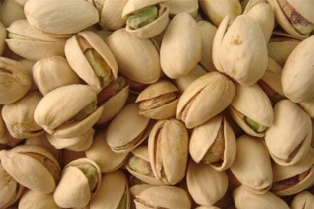 Які горіхи позбавлять організм від дефіциту заліза?