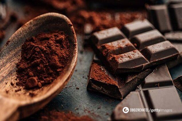 Шоколад содержит тирамин, который вызывает мигрень
