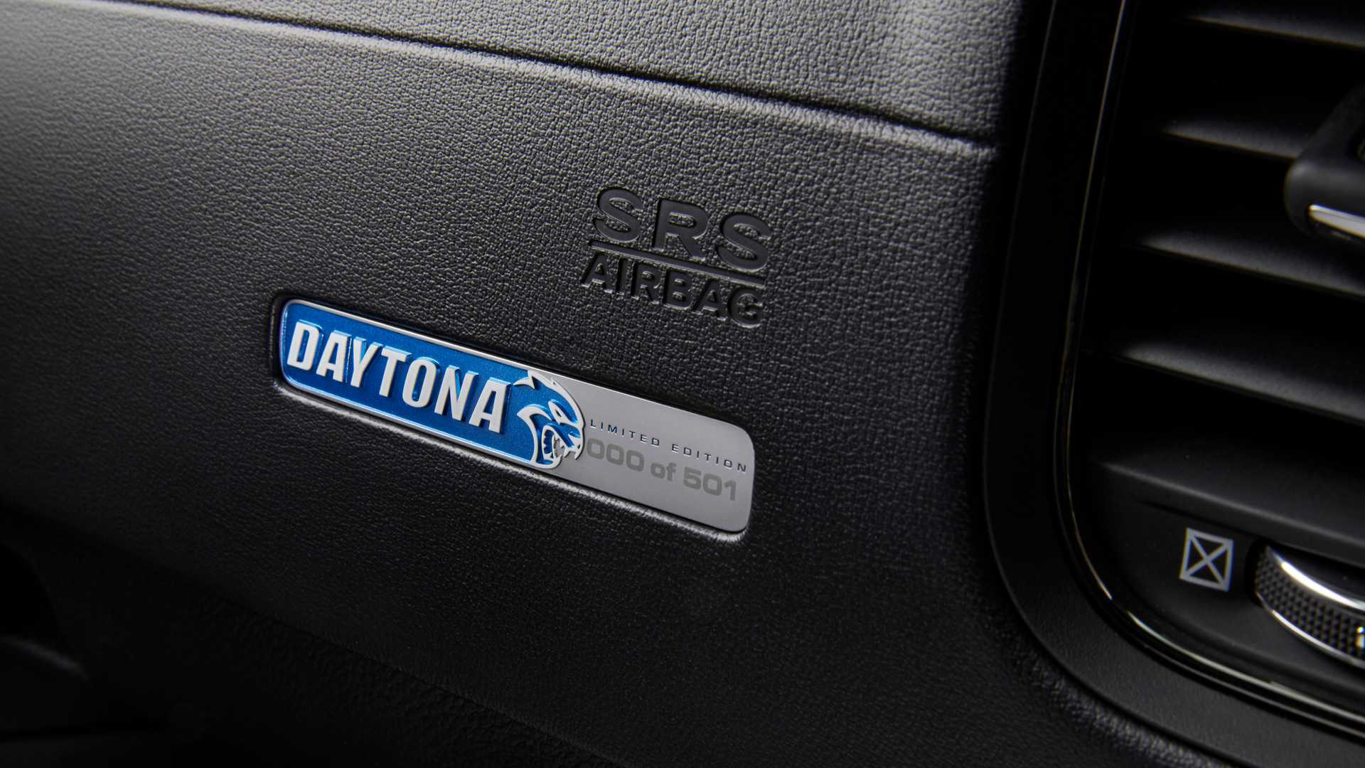 Dodge Charger Daytona 50th Anniversary Edition
