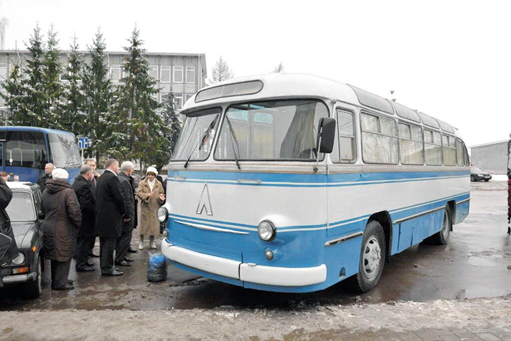 ЛАЗ-695Б в 2011 году вернулся после реставрации в город Гагарин в музей
