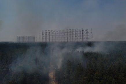 Сгорел военный городок, но радиолокационная станция уцелела