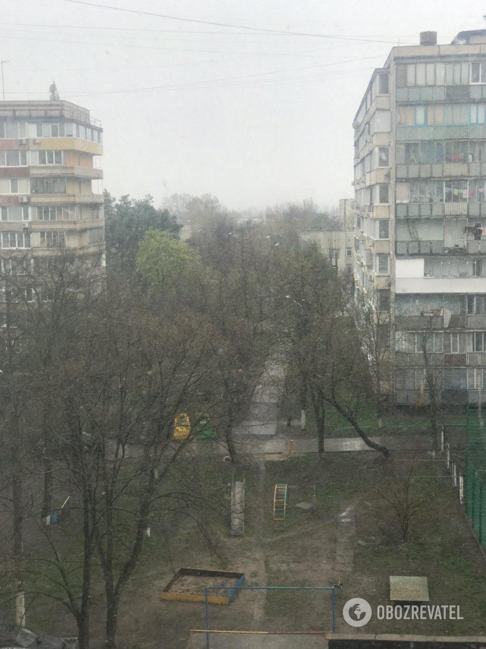 Снег в Киеве, 14 апреля 2020 год