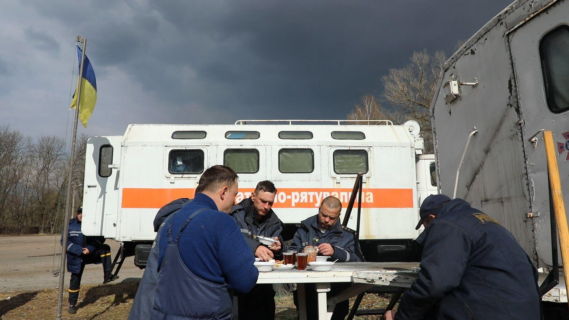 Умови перебування рятувальників у Чорнобильській зоні
