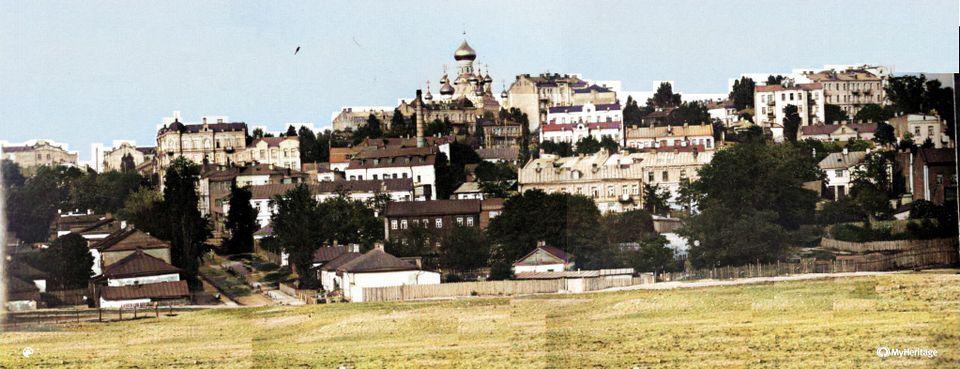 Вид на Покровський монастир в Києві