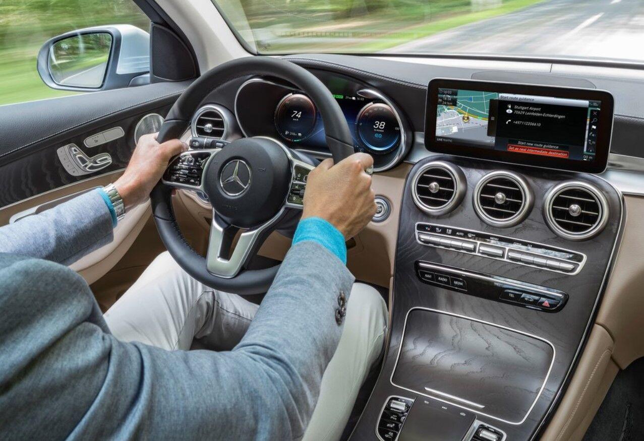 Mercedes припиняє виробництво свого водневого електромобіля