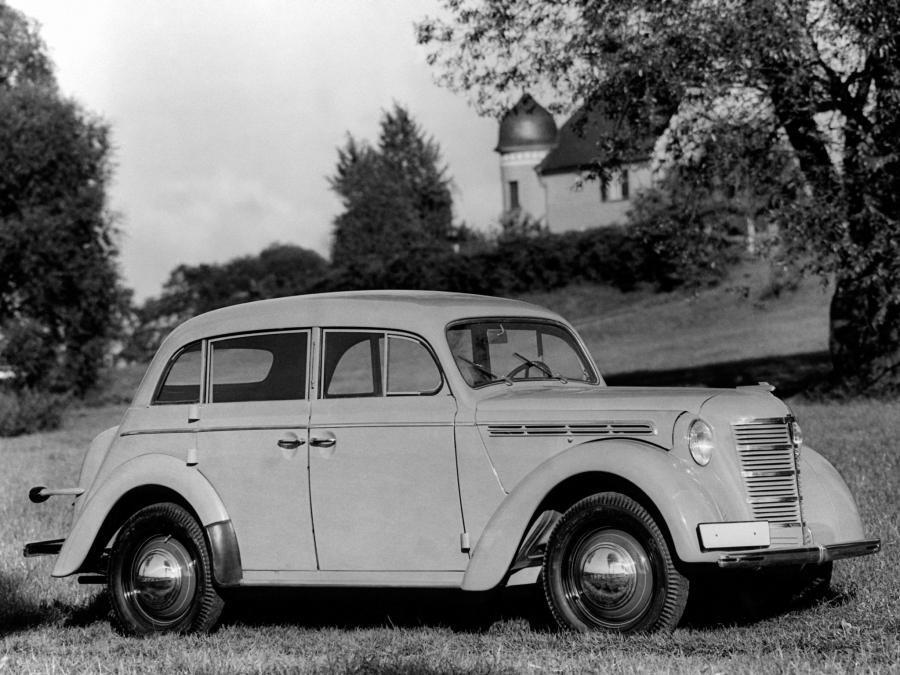 Opel Kadett 4-Door Limousine