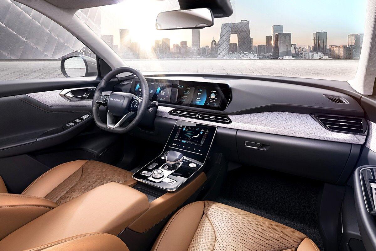BAIC показал внедорожник, который разработали совместно с Mercedes