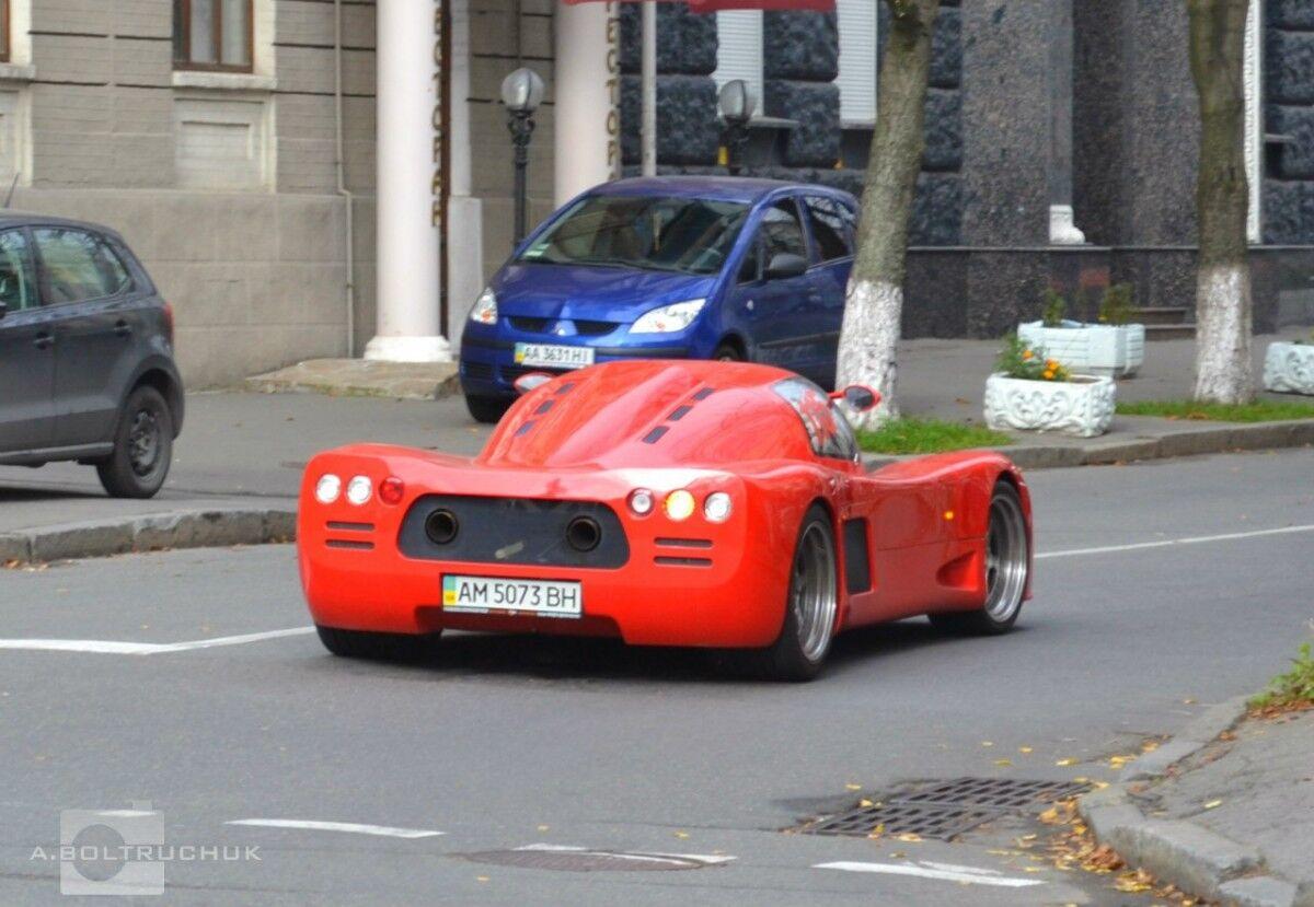 Таких нет даже в Монако: ТОП-6 крутых авто, замеченных в Украине