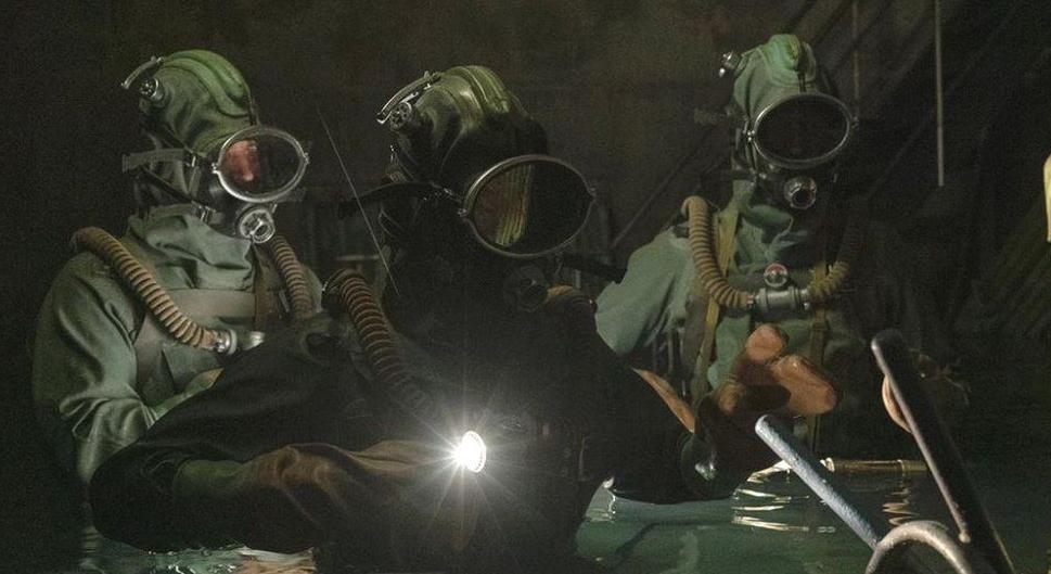 """Режиссеры фильма так представляли """"дайверов"""" из Чернобыля"""