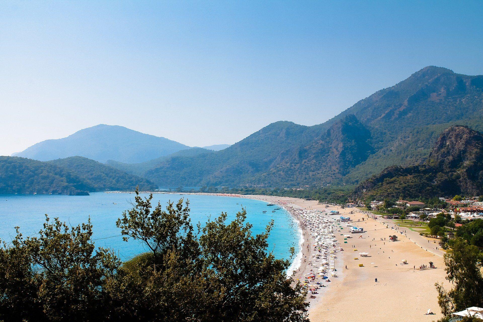 Турция собирается открывать туристический сезон уже в конце мая