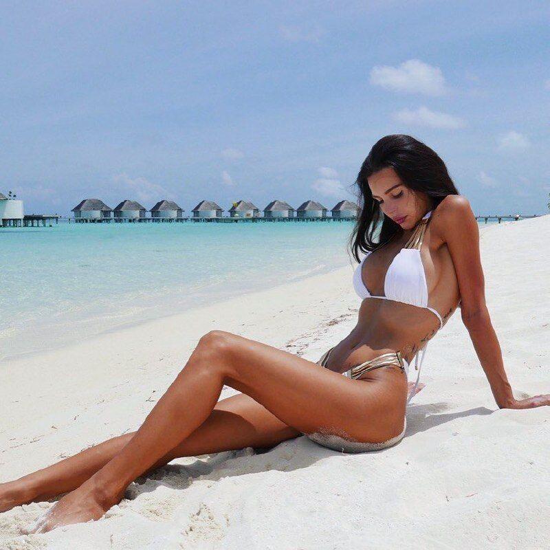 Оксана Самойлова в купальнике