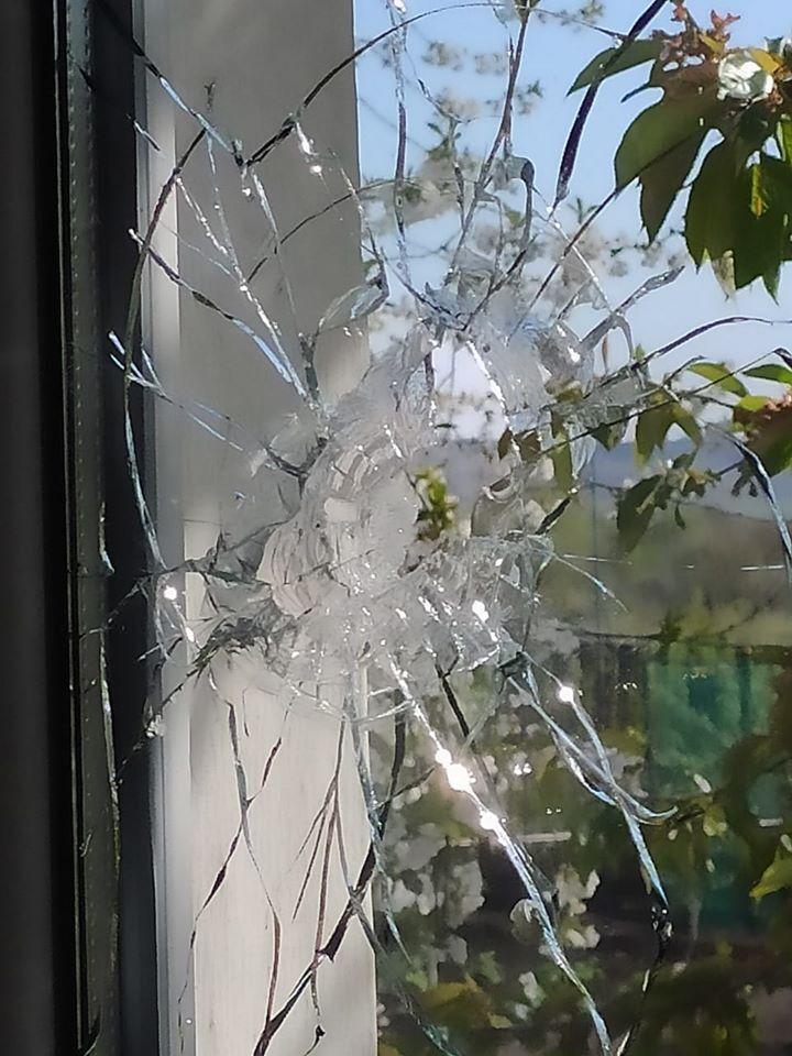 Террористы обстреляли жилые дома в Золотом-4