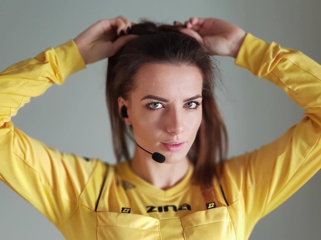 Каролина Божар