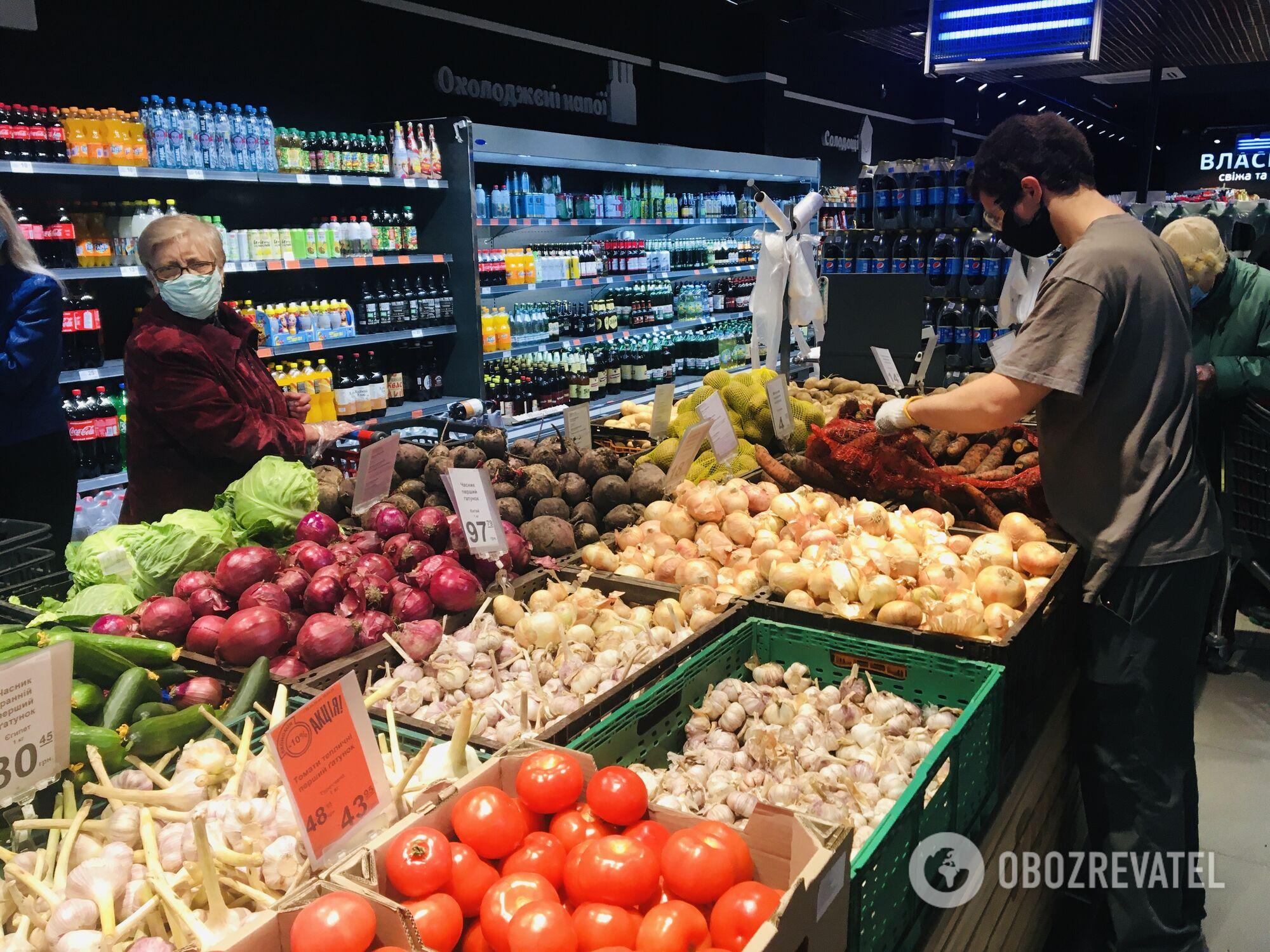 Жителі Дніпра більше не скуповують продукти