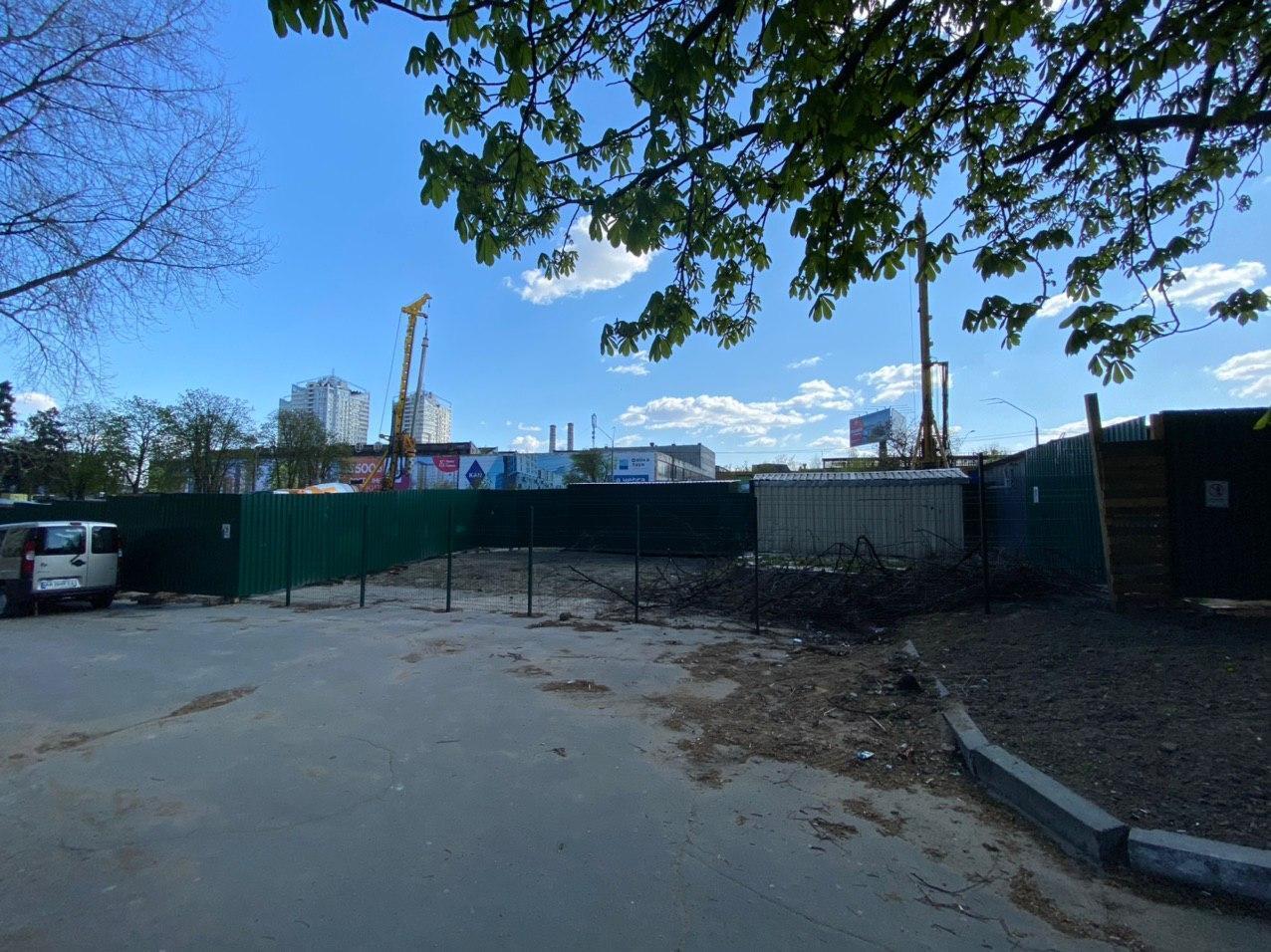 Уравнение со многими неизвестными: ЖК 50 Avenue на Шулявке строят без разрешений