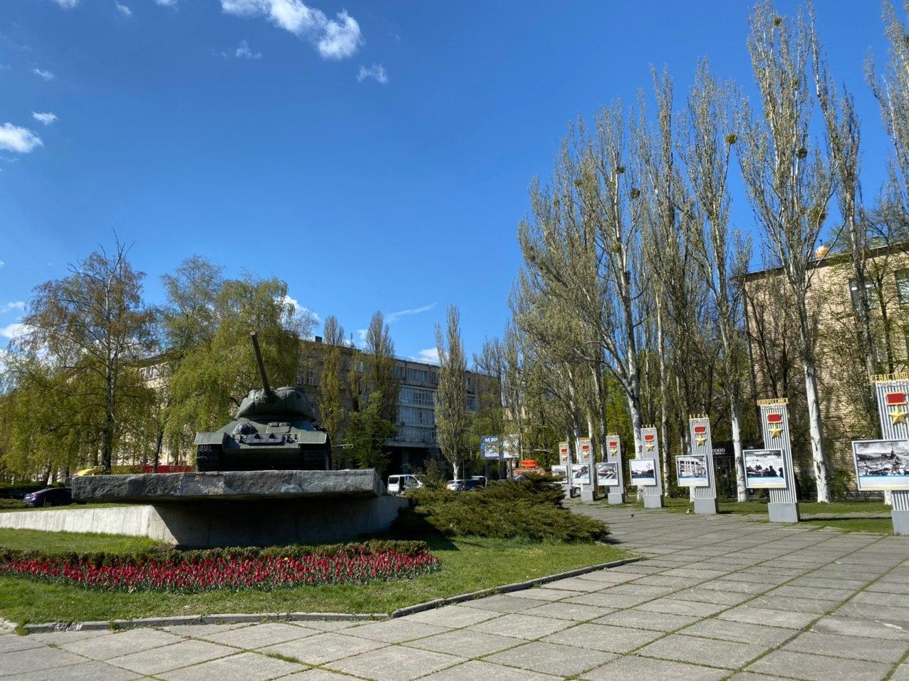 Строительство начали в непосредственной близости от памятника