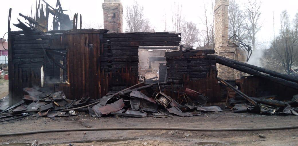Шестеро детей сгорели заживо: в России семья погибла в страшном пожаре
