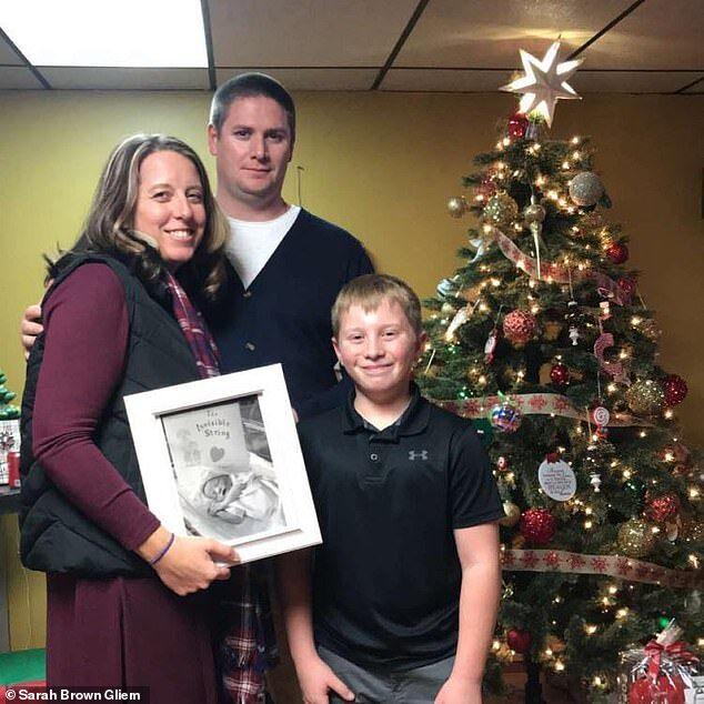 Джаред и Сара Глим с сыном