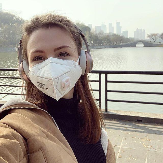 Карантин відновили! Українка, яка застрягла в Ухані, розповіла, як шукають інфікованих