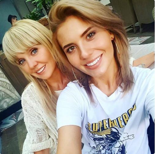 Валерия с дочерью