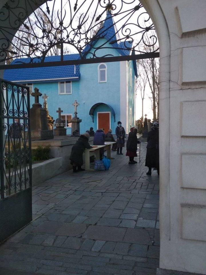 Церковь на Вильском кладбище в Житомире