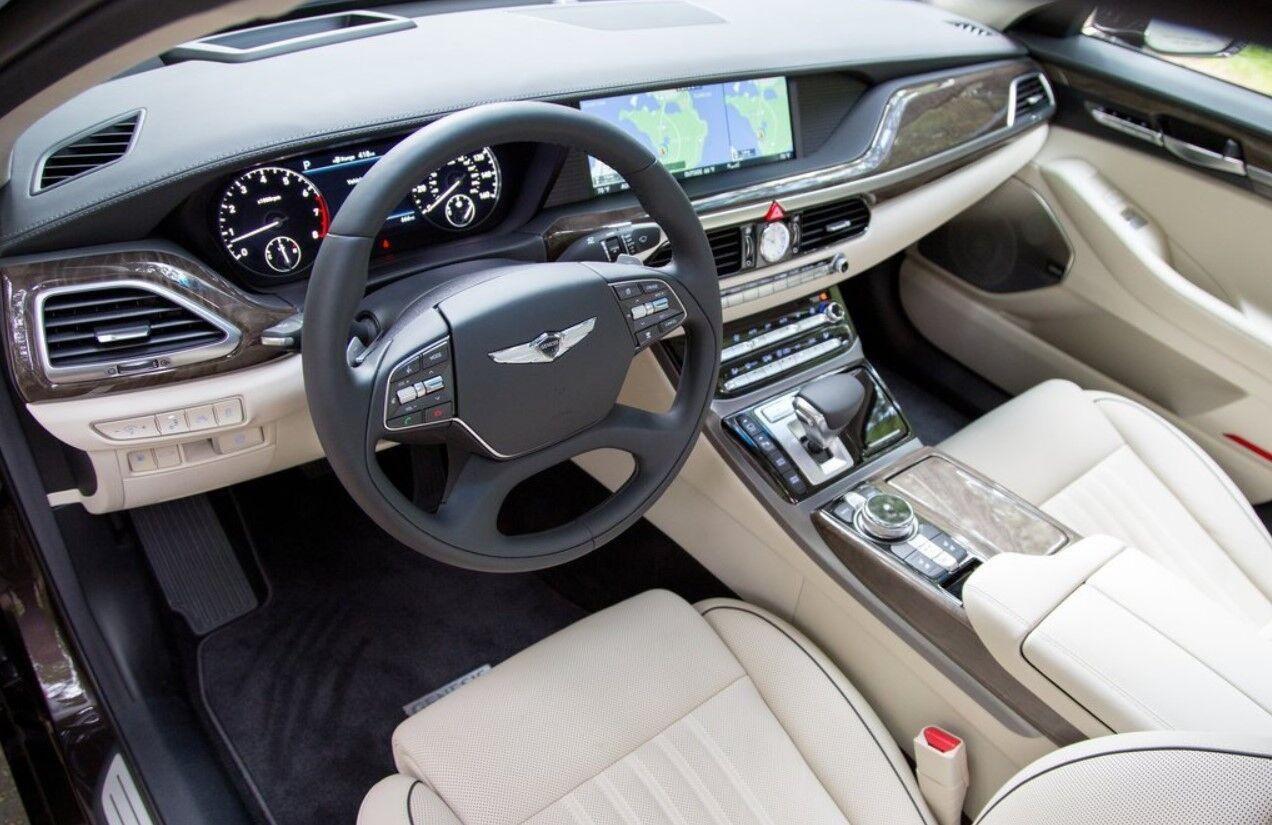 ...дизайнеры вдохновлялись Genesis – дорогими моделями Hyundai