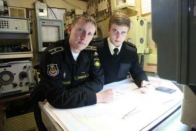 Олексій Орляпов (зліва)