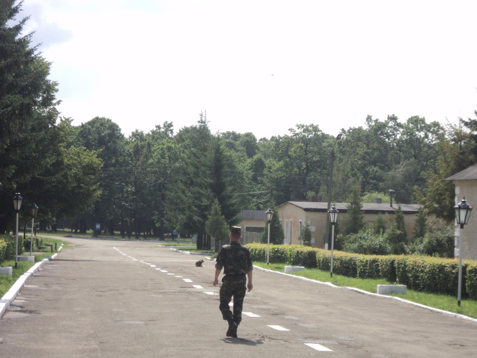 Воинская часть в смт Делятин