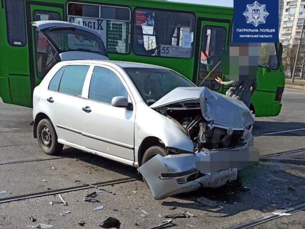 Skoda Fabia получила серьезные повреждения