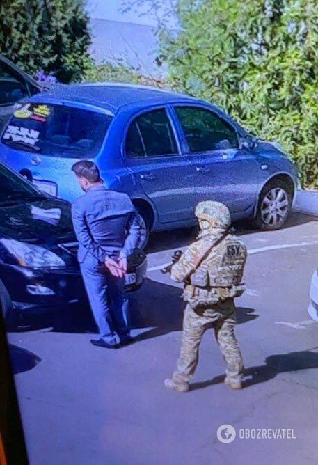 СБУ взялася за Одеську митницю: все про затримання та обшуки
