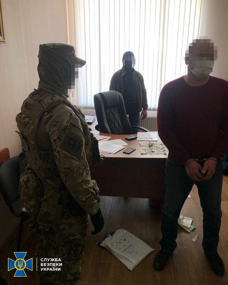 СБУ викрила корупційну схему у верхівці Одеської митниці: з'явилися деталі