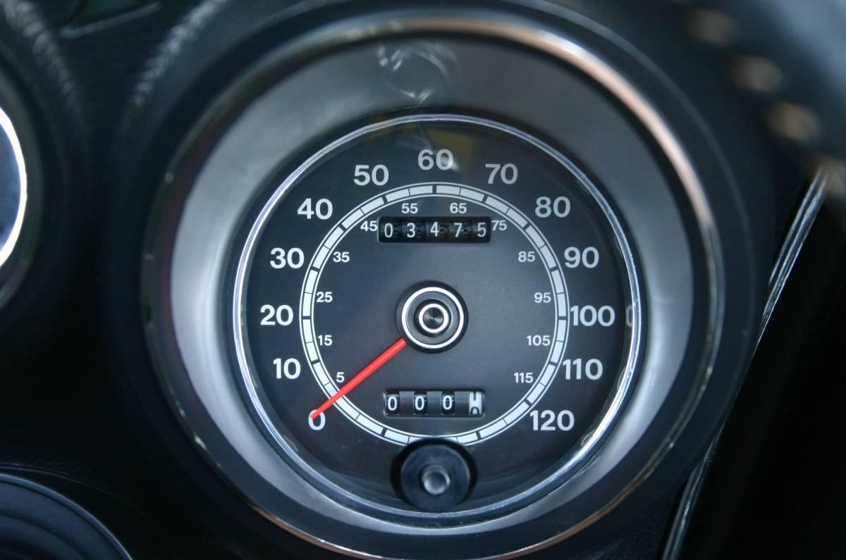 Oдометр показывает всего 3475 миль (5591 км) пробега