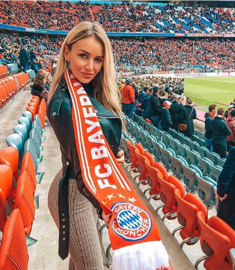 У мережі показали найкрасивіших уболівальниць німецьких футбольних клубів