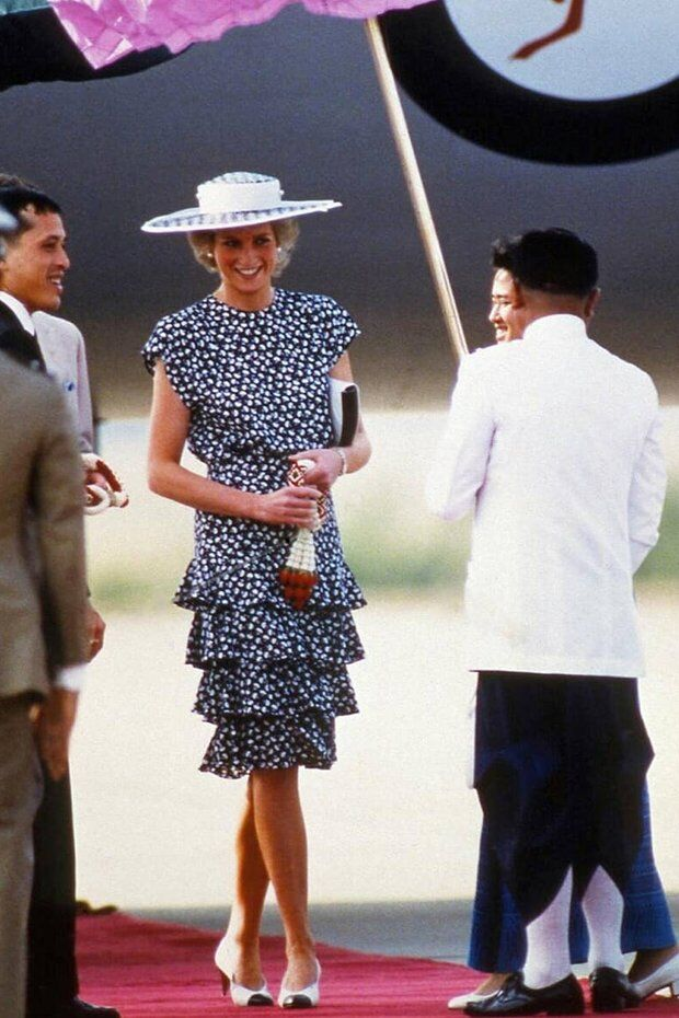 Принцеса Діана в сукні