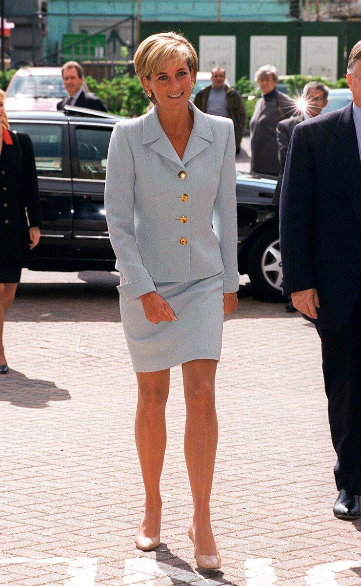 Принцеса Діана в костюмі