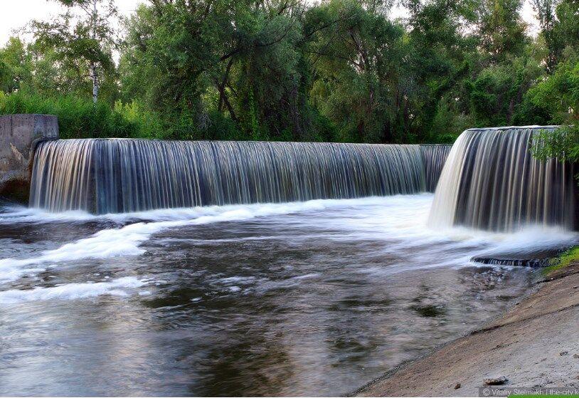 Рукотворний водоспад в урочищі Покол