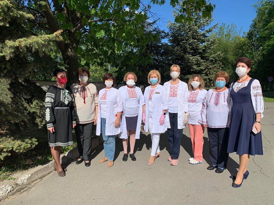 Медики Олександрівської лікарні в Києві