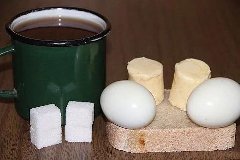 Завтрак в СССР: вареные яйца и бутерброды