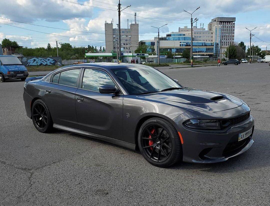 Dodge Charger SRT Hellcat в Украине