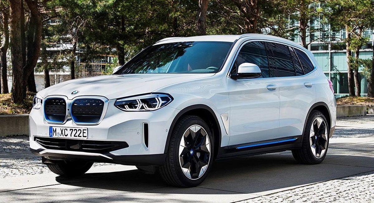 Електричний кросовер BMW iX3