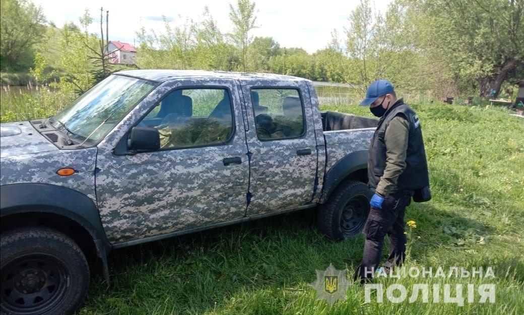 Кривава драма на Житомирщині: на місці знайшли багато зброї. Нові деталі і фото
