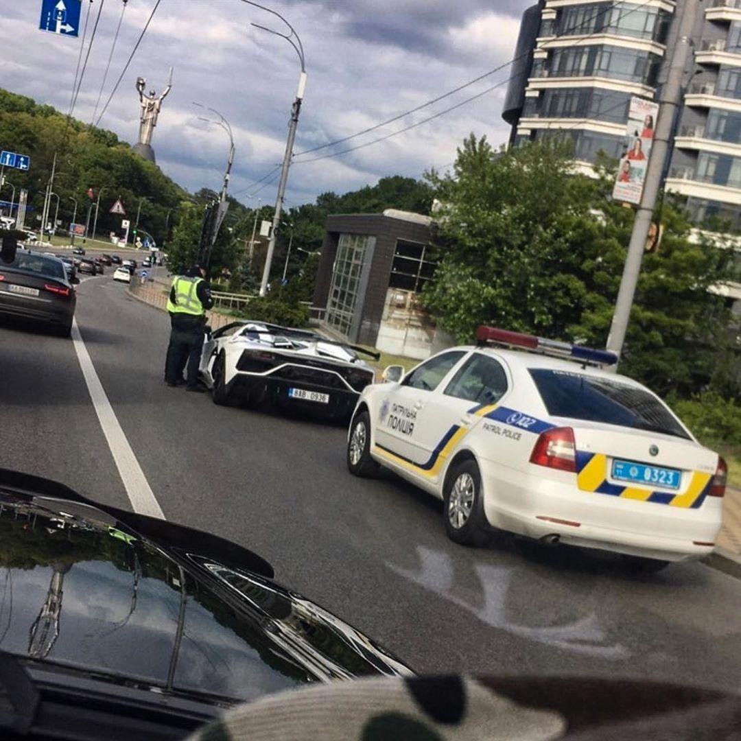 Полицейские остановили Lamborghini за 650 000 евро