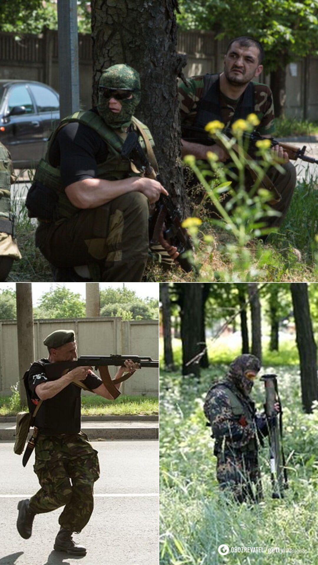 Российские военные с местными боевиками возле донецкого аэропорта 26 мая 2014 года