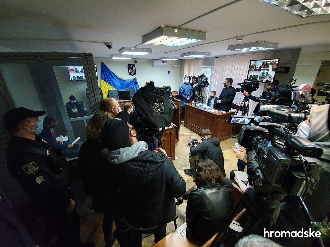 У Києві заарештували поліцейських, підозрюваних у зґвалтуванні