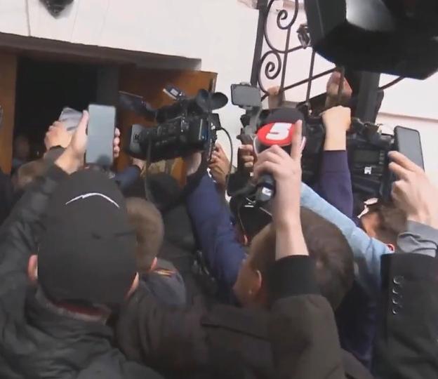 Штурм ДБР під Музеєм Гончара