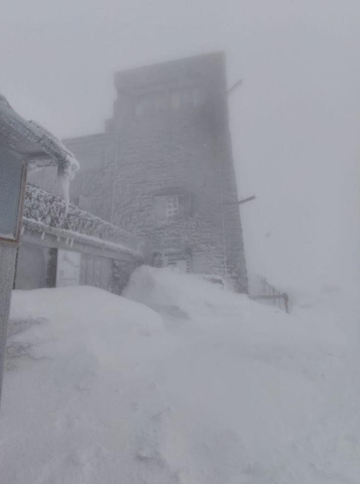 Сніг на горі Піп Іван