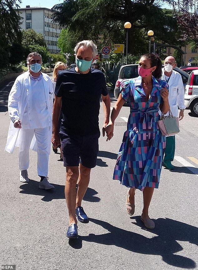 Знаменитый тенор Бочелли, спевший в пустом Миланском соборе, переболел коронавирусом