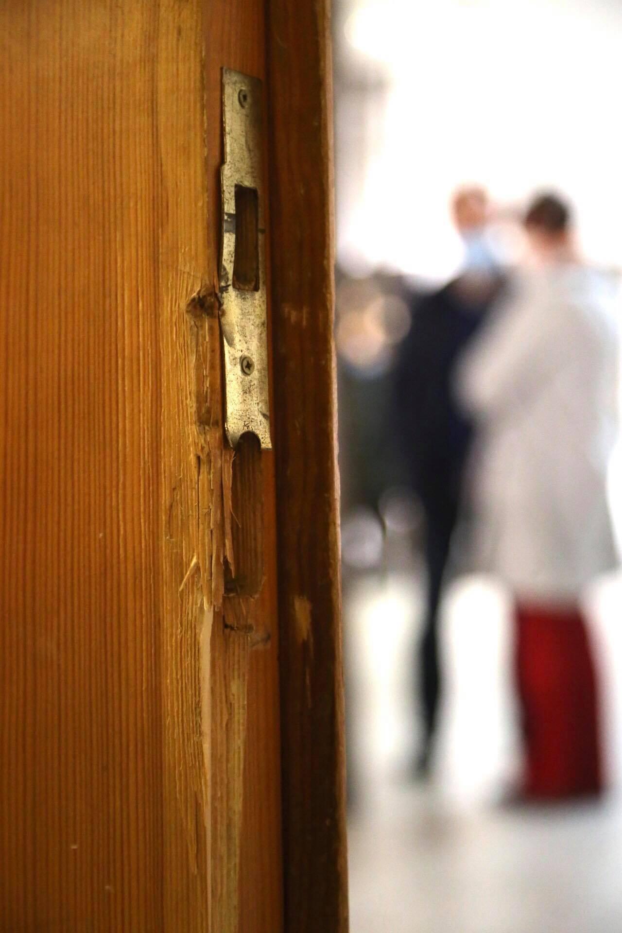 ДБР на міжнародному рівні вимагають притягти до відповідальності за штурм Музею Гончара