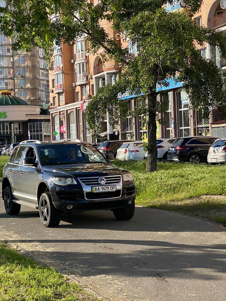 У Києві водій побив велосипедиста