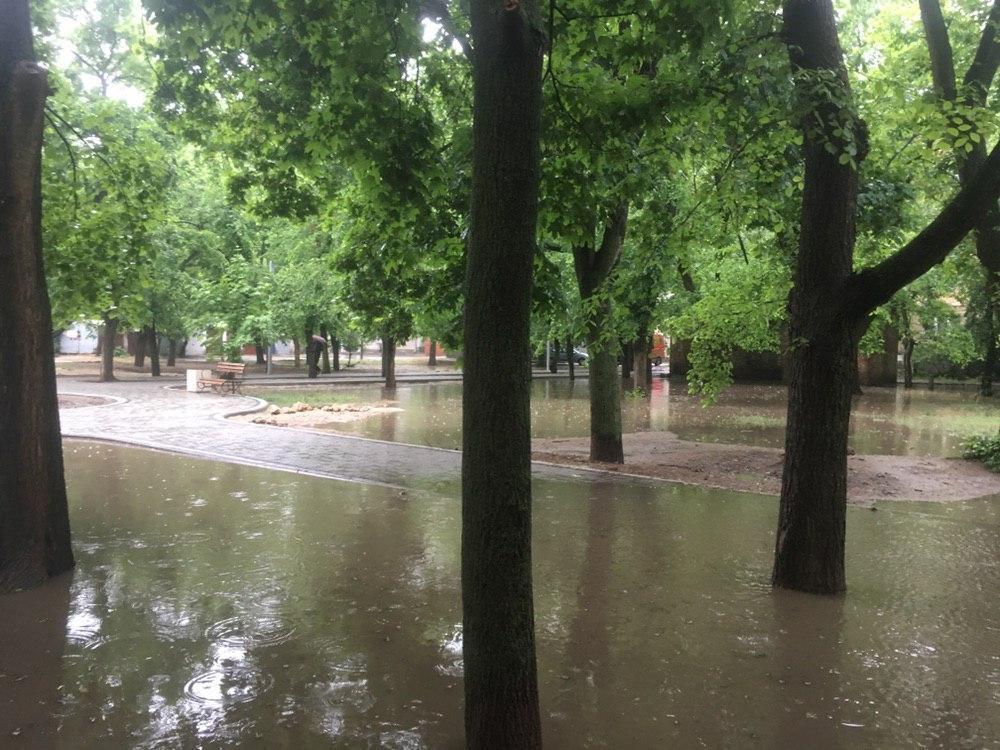 Последствия дождя в Николаеве